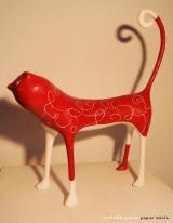 <h5>Garro bianco e rosso  di Carlotta Parisi</h5><p>Scultura in cartapesta</p>