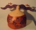 <h5>Donna Pesci di Carlotta Parisi</h5><p>Dalla collezione Zodiaco per Fatto Ad Arte, Monza.</p>