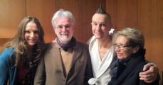 <h5>Con Arturo Brachetti, babbo e mamma</h5><p>Nel camerino del teatro degli Arcimboldi a Milano</p>