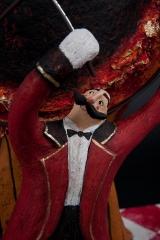 <h5>Il Domantore di Carlotta Parisi</h5><p>Particolare del Domatore del Paper Cirkus in papier-maché</p>