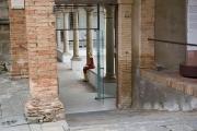 <h5>Ingresso Museo di Montalcino</h5><p>Nunziatina nel chiostro</p>