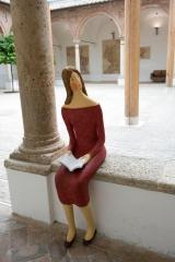 <h5>Nunziatina nel chiostro</h5><p>Sede Museo di Montalcino</p>