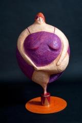 <h5>Donna cannone di Carlotta Parisi</h5><p>Scultura in cartapesta e ferro, collezione Paper Cirkus.</p>