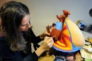<h5>Lavorando sul cagnolino Rimini</h5><p>Dettaglio di scultura in papier-maché nel mio studio</p>