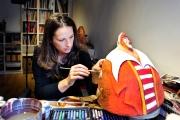 <h5>Lavorando sull'Augusto</h5><p>Al lavoro nel mio laboratorio artistico di Montalcino</p>