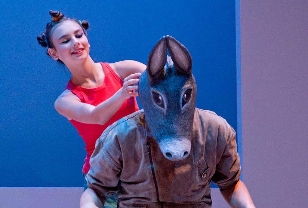 Teatro Montepulciano - Sculture su commissione Carlotta Parisi